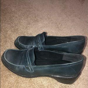 Size 10 navy Clarks